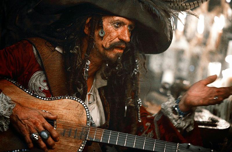 ジャックスパロウの父、エドワードティーグ役としてパイレーツオブカリビアンにカメオ出演したローリングストーンズのキースリチャーズ