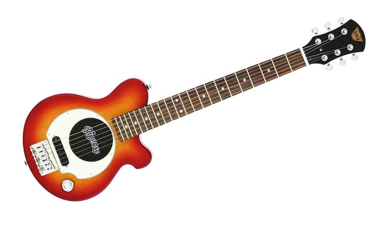スピーカー付きのミニギターピグノーズ