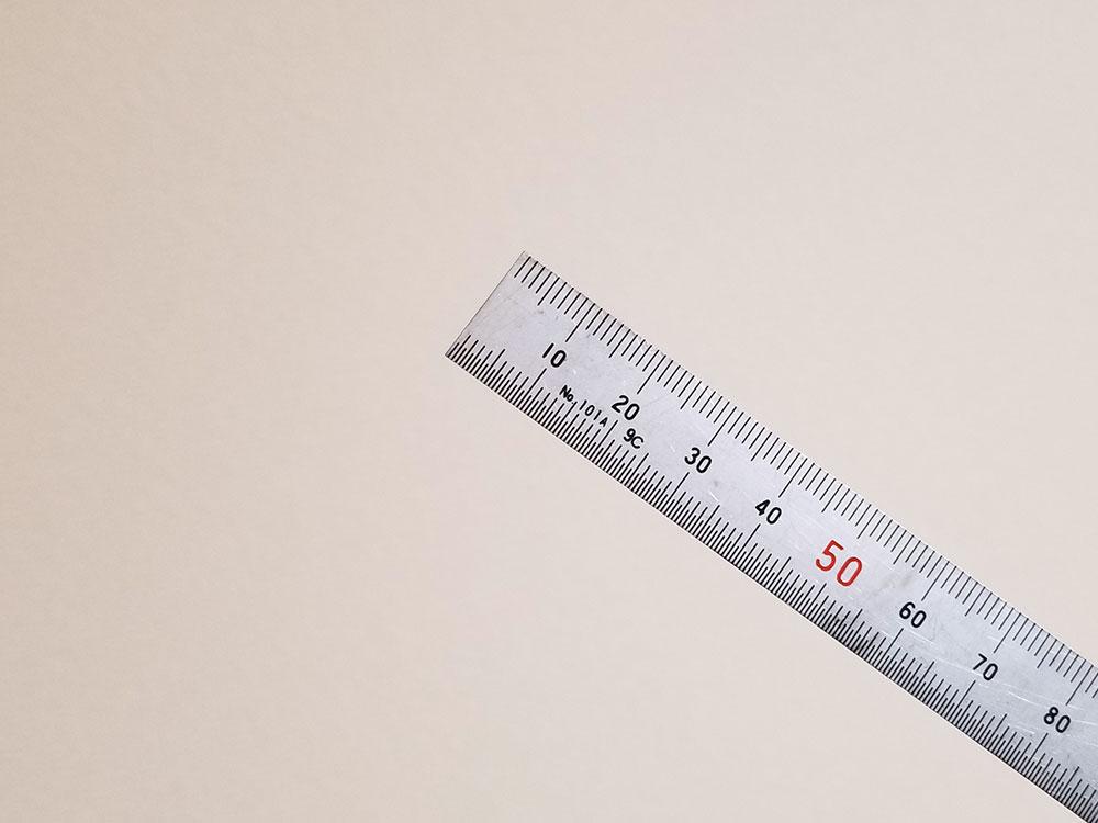 弦高を測るのにオススメなスケール
