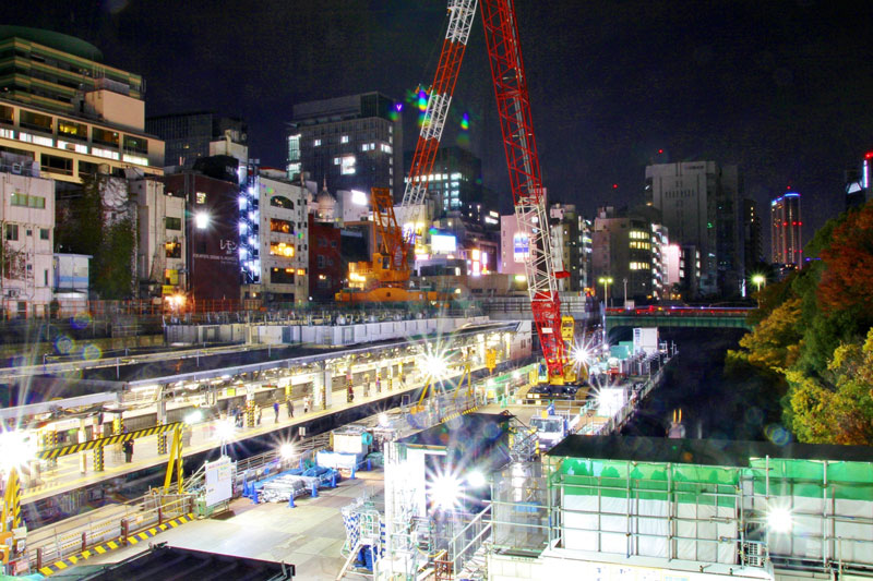 絶賛改修中のJR御茶ノ水駅